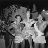 Mitzi Gaynor picture G843975