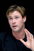 Chris Hemsworth picture G850215