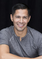 Jay Hernandez picture G855609