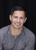 Jay Hernandez picture G855611