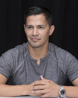 Jay Hernandez picture G855615