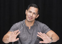 Jay Hernandez picture G855616