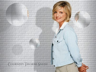 Courtney Thorne Smith poster G88220