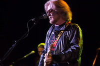 Daryl Hall picture G892849