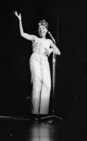 Shirley Bassey picture G908223