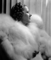 Irene Dunne picture G913133