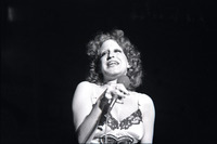 Bette Midler picture G914560