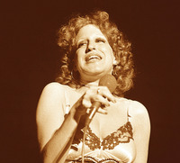 Bette Midler picture G914566