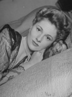 Joan Fontaine picture G914623