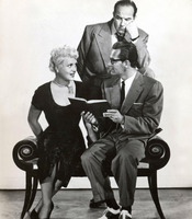 Judy Holliday picture G916193