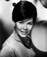 Yvonne Craig picture G920353