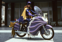 Yvonne Craig picture G920362