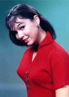 Yvonne Craig picture G920365