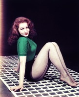 Julie Newmar picture G920676
