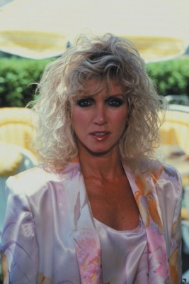 Donna Mills poster G93529