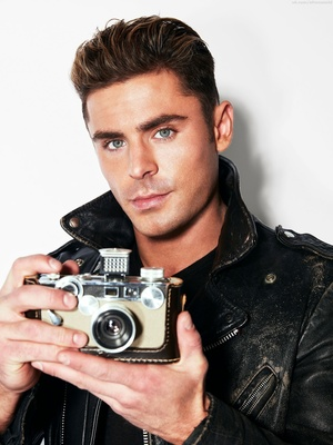 Zac Efron poster G945408