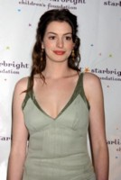 Anne Hathaway picture G96820