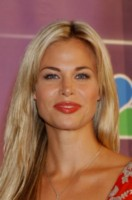 Brooke Burns picture G97445
