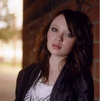 Emily Browning picture G98791