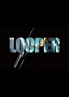Looper movie poster (2012) picture MOV_700ee332