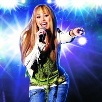 Hannah Montana movie poster (2006) picture MOV_8a5fc27d